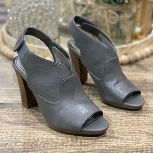 Life Stride Naomi Slingback High Heel Sandal